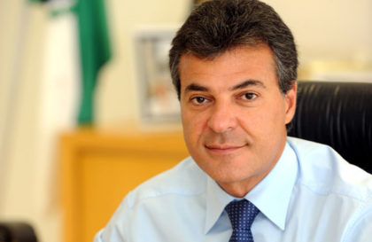 Governador Beto Richa no gabinete do Palacio das Araucarias. Curitiba, 20.01.2011 Foto - Ricardo Almeida - SECS