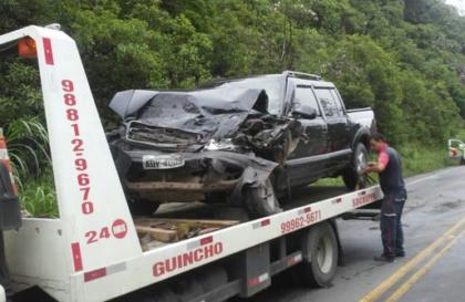 carro-acidente-donafrancisca