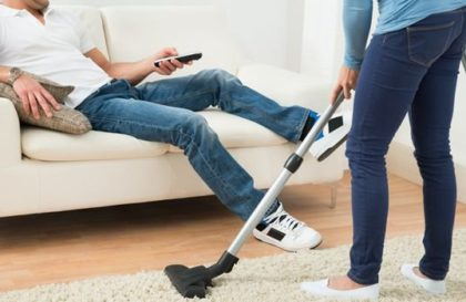 trabalho-domestico-homem-mulher