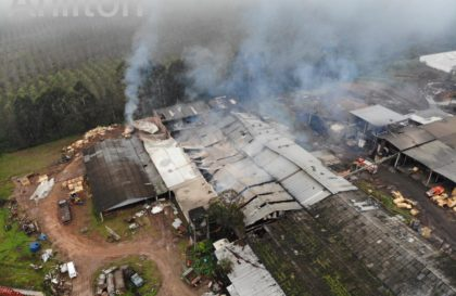 20190512-incendio-estufa-portouniao (4)