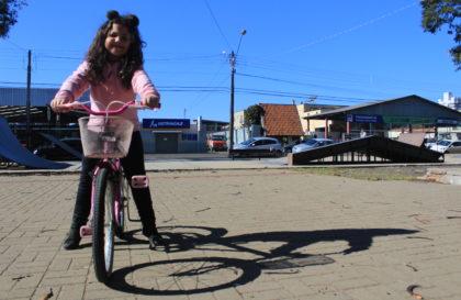 luiza-bicicleta-coragem