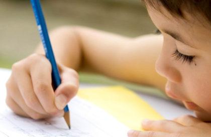 educacao-escrita-crianca