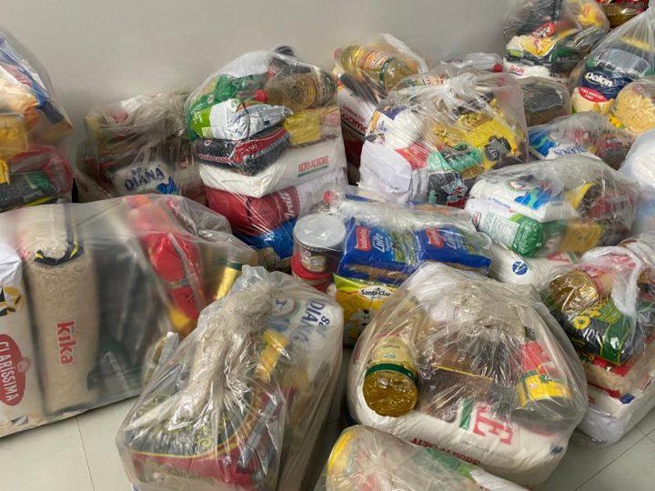 Cejusc-realiza-entrega-de-cestas-basicas-doadas-por-parceiros-do-forum-2-720x540
