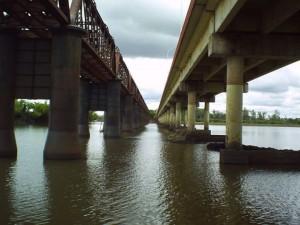 Em abril deste ano internautas fizeram a montagem de duas pontes que ligam as Cidades Irmãs (Foto/Reprodução)