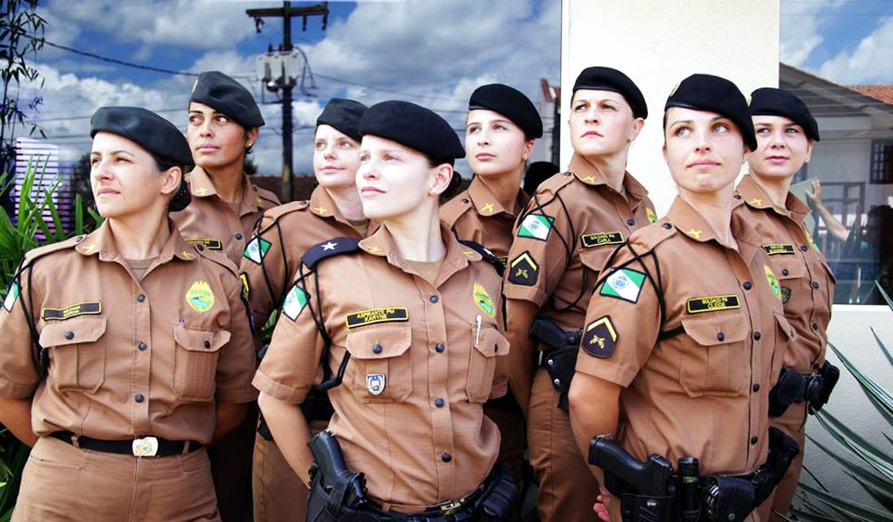 Resultado de imagem para MULHERES POLICIAS FOTOS