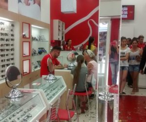 União da Vitória ganha filial da Ótica Diniz - Economia - Vvale 2b66f34812