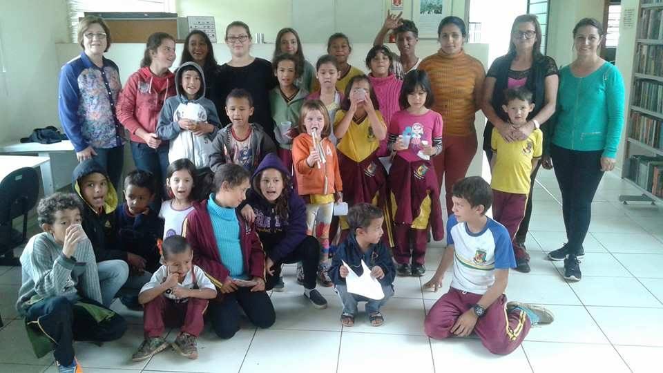 bituruna-alunos-biclitoca-visita