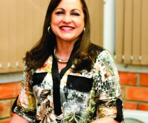 Profª. Ms. Marta Borges Maia, Diretora Geral da Uniguaçu