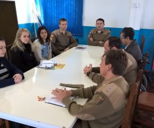 Reunião aconteceu na APAE de Porto União. (Foto: Ricardo Silveira).