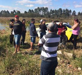Corpo foi encontrado às margens do Rio Iguaçu (Foto: Antônio Nascimento – Banda B)