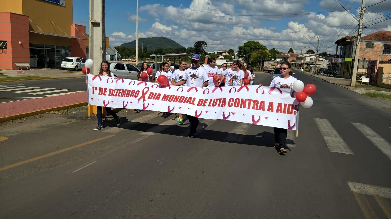 União da Vitória lembra dia mundial de combate a Aids - Plantão CBN Vale do  Iguaçu - Vvale cdc5cc3f11253