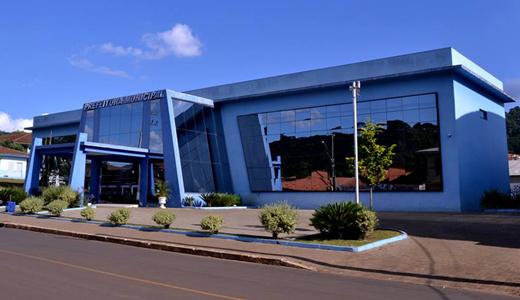Prefeitura de Cruz Machado. (Foto: Reprodução).