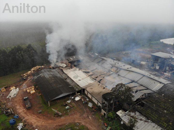 20190512-incendio-estufa-portouniao (9)