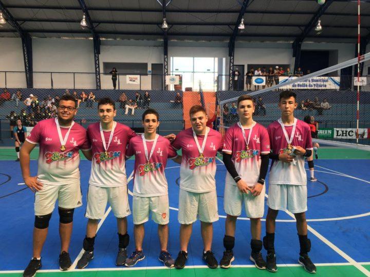 Colégio Estadual Anchieta, campeão do voleibol masculino. (Foto: SME).