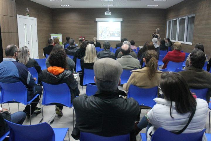 Representantes da vários ramos ligados ao turismo participaram da palestra