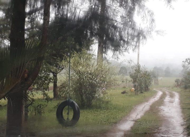 Rosane morava com os pais na localidade do Rio Vermelho. (Foto: Jaqueline Castaldon).