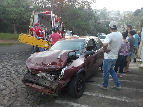 acidente-carrosemfreio-cacador (3)