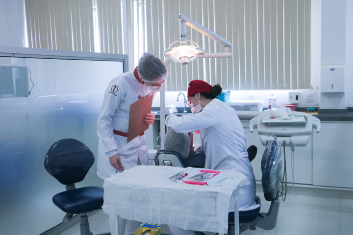 uniuv-odontologia-educacao (5)