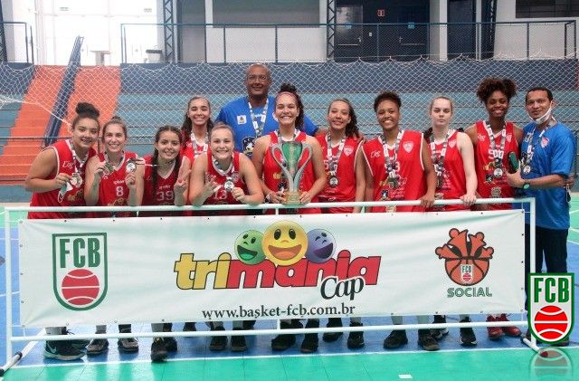 Joinville, campeão Sub-19. (Foto: Karine Livian / Walderis Eventos).