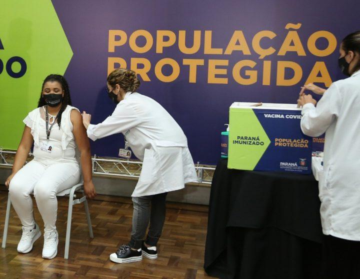 enfermeira-parana-vacina
