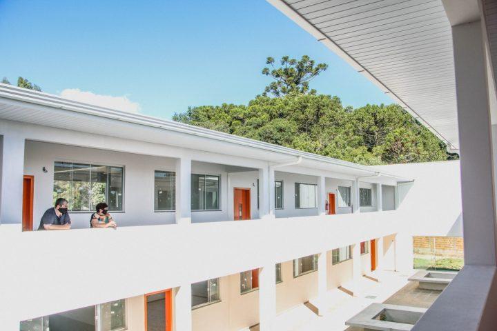 Construcao de nova escola em Irineopolis esta quase finalizada (1)