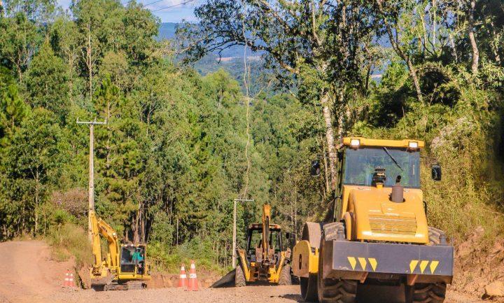 Obras na Serra do Alegre, em Irineopolis, sao retomadas (1)