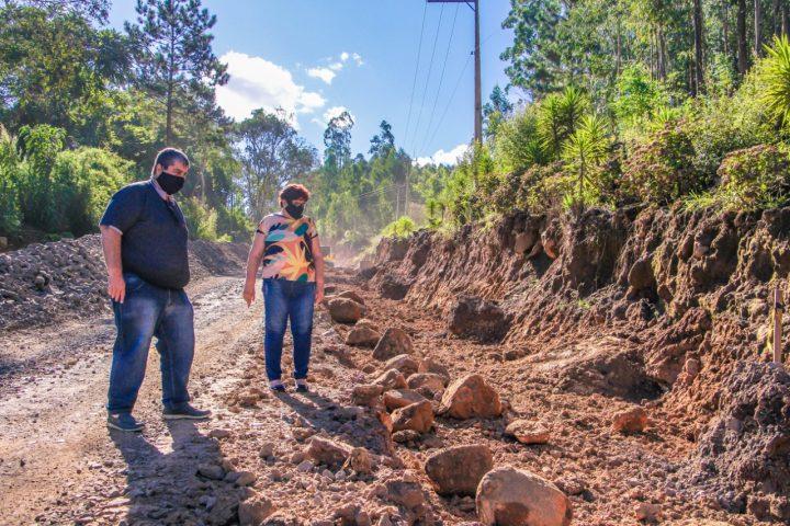 Obras na Serra do Alegre, em Irineopolis, sao retomadas (2)