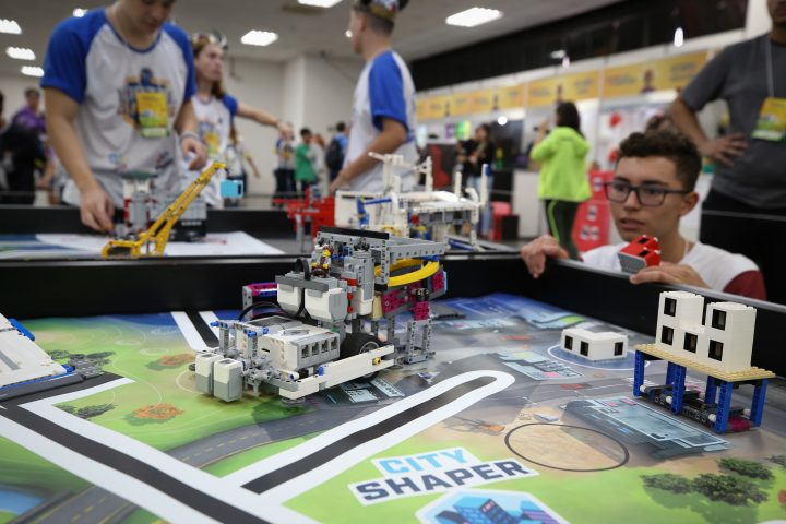 Maior torneio de robotica do Brasil se adapta para edicao virtual